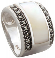 Ring - Mother of Pearl